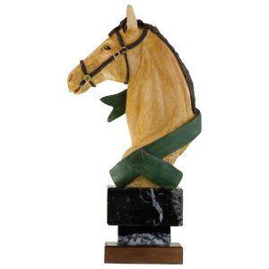Figura de decoración con cabeza de caballo