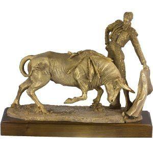 Figura de torero fabricada en resina